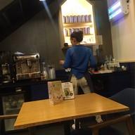 Kyo Roll En (Kyo Cafe & Meal) เกตเวย์ เอกมัย