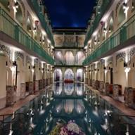 โรงแรมเดอะ แกรนด์ โมร็อค