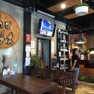 บรรยากาศ The Loft Cafe & Restaurant