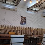 บรรยากาศ TEDDY's Burgers Sukhumvit 49