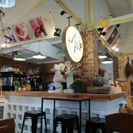The Berry Arm Cafe