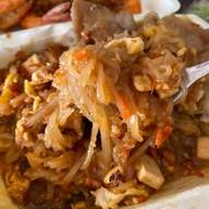 เมนูของร้าน ผัดไทยโบราณป้าเจี๊ยบ ซอยเคหะร่มเกล้า64