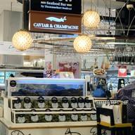 หน้าร้าน The Dock Seafood Bar สยามพารากอน