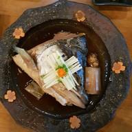 หัวปลาแซลมอนต้มซีอิ๋ว