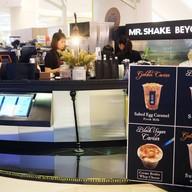 หน้าร้าน MR.Shake Beyond สยามพารากอน