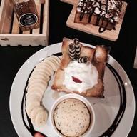 Sugar Dark Cafe'