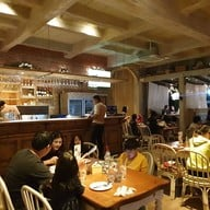 บรรยากาศ Honey Scene Steak & Bar The Scenery Resort & Farm