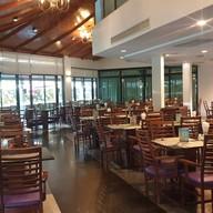 บรรยากาศ Sila Restaurant & Bar @ Bangsaen Heritage Hotel