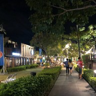 Lasalle's Avenue