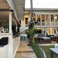 Living Room Bistro & Wine Bar
