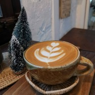 เมนูของร้าน Charlotte Hut Coffee & Tea Bar แพร่