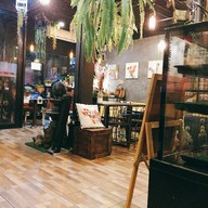 Coming Town Coffee & Playing Space
