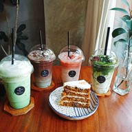 Ho: BAKE & CRAFT CAFE'