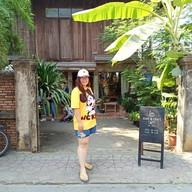 หน้าร้าน Ho: BAKE & CRAFT CAFE'