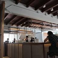 บรรยากาศ The H Cafe by Khaniece