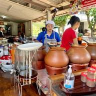 ขนมจีนหม้อดิน บ้านดั้งเดิม ท่าศาลา