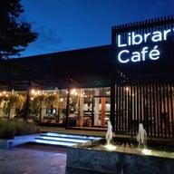 หน้าร้าน Library Cafe'
