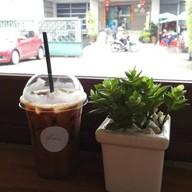 เมนูของร้าน Slow Cafe By Room111