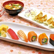 เมนูของร้าน Fuji Japanese Restaurant เซ็นทรัลปิ่นเกล้า