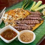 ผัดไทย 100 กระทะ