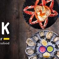 The Dock Seafood Bar สยามพารากอน
