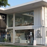 หน้าร้าน AMPERSAND COFFEESTAND & DESIGN เดอะบล๊อค ราชพฤกษ์