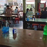 บรรยากาศ ผัดไทยท่ายาง สาขา 1