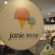 Janie Scoop นิมมาน