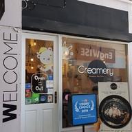 หน้าร้าน Creamery Boutique Ice Cream U-Center สามย่าน
