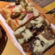 เมนูของร้าน Pala Pizza Romana MRT สุขุมวิท