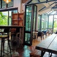 บรรยากาศ Sri Brown Cafe' กังสดาล