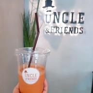 เมนูของร้าน Uncle & Friends Rustic Cafe Oldtown