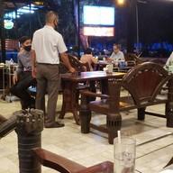 บรรยากาศ Laemcharoen Seafood ระยอง