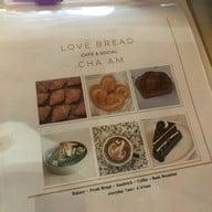 Love Bread ชะอำ