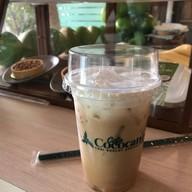 เมนูของร้าน Cafe Cococano X Chon-Ngern Kitchen ลาเต้มะพร้าวเจ้าแรกของไทยและ ข้าวคลุกกะปิสูตรแม่ สูตรเด็ดกว่า 7 ปี