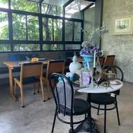 MANGKUD CAFÉ