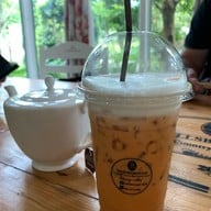 Hillsborough Cafe (Hillsborough The English Hotel Chiangmai)