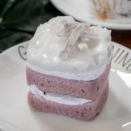 เค้กเผือกมะพร้าวอ่อน