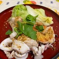 เมนูของร้าน ข้าวต้มปลาเมืองชล ลาดพร้าว 71
