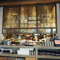 Vanilla Cafeteria EmQuartier