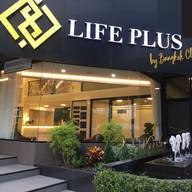 หน้าร้าน Lifeplus Clinic รัชโยธิน