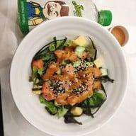เมนูของร้าน Jones Salad เซ็นทรัลปิ่นเกล้า