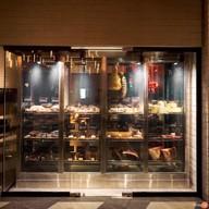 บรรยากาศ T55 New York Grill Room