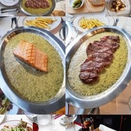 Le Boeuf The Steak & Fries Bistro หลังสวน
