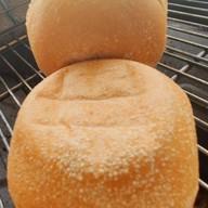ขนมปังปิ้งป้าตุ้ม หน้าม.พายัพ
