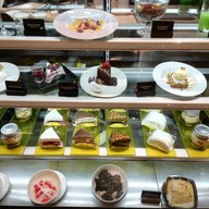 เมนูของร้าน Another Hound Café สยามพารากอน