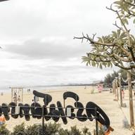 ครัวเม็ดทราย ชายหาดชะอำ