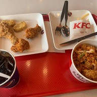 เมนูของร้าน KFC TU Dome