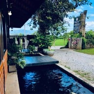Chiangrai Koi farm & Cafe' เเม่จัน