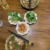 ธ ก๋วยเตี๋ยวเรือ (Thor Boat Noodle) Ubon Ratchathani
